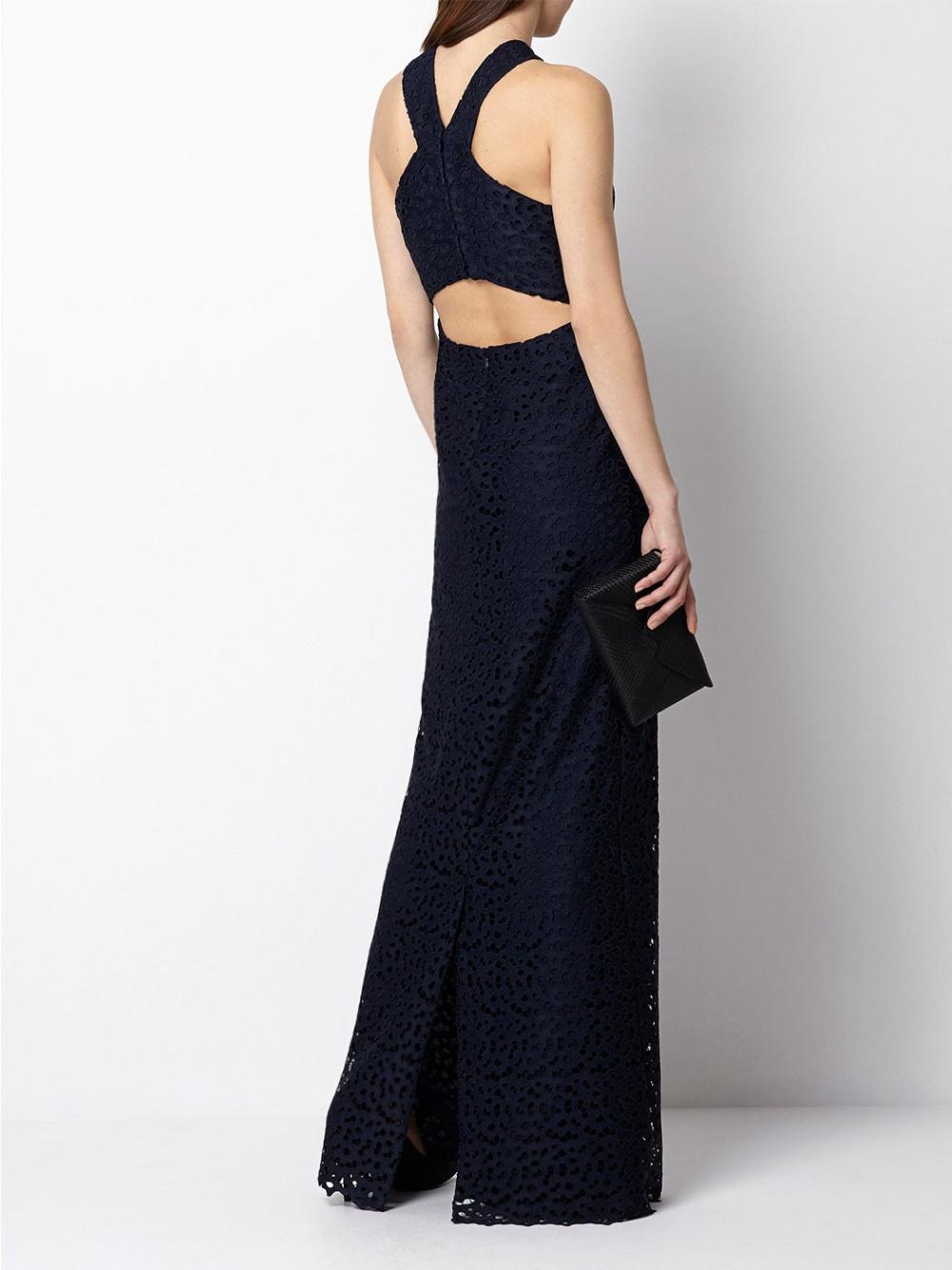 invitada-maxi-vestido-calado-hoss-intropia
