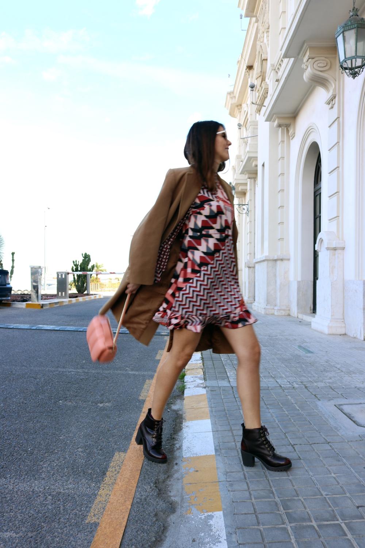 outfit_vestido_estampado_follifollie