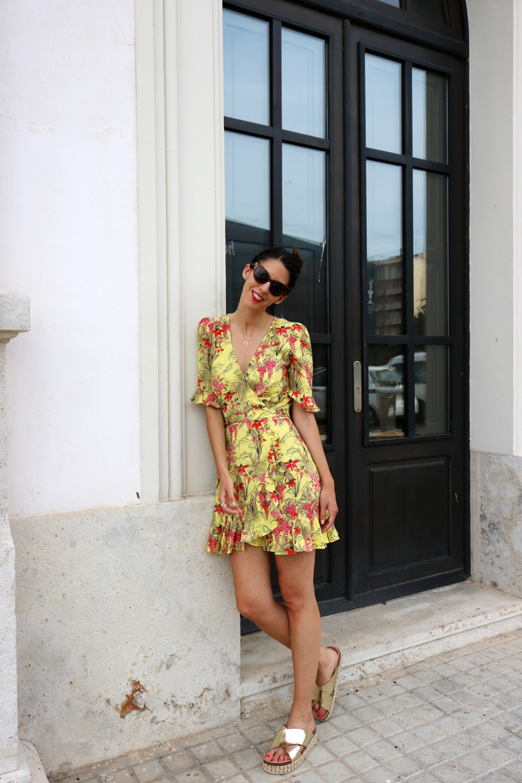 yellow_dress_outits_5