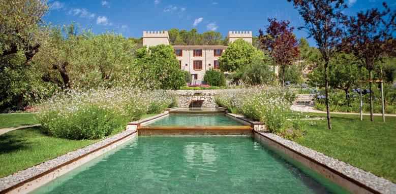 hotel-castell-son-claret-luxury-mallorca-garden